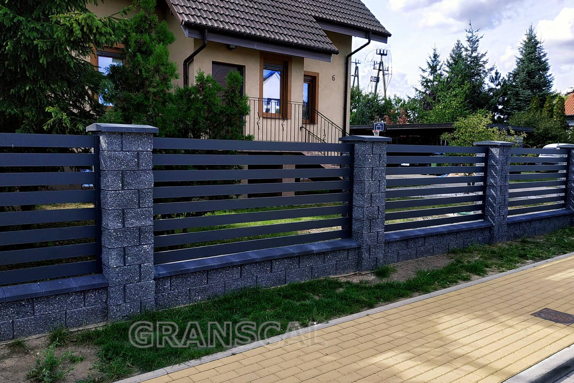 panel aluminiowy ogrodzeniowy